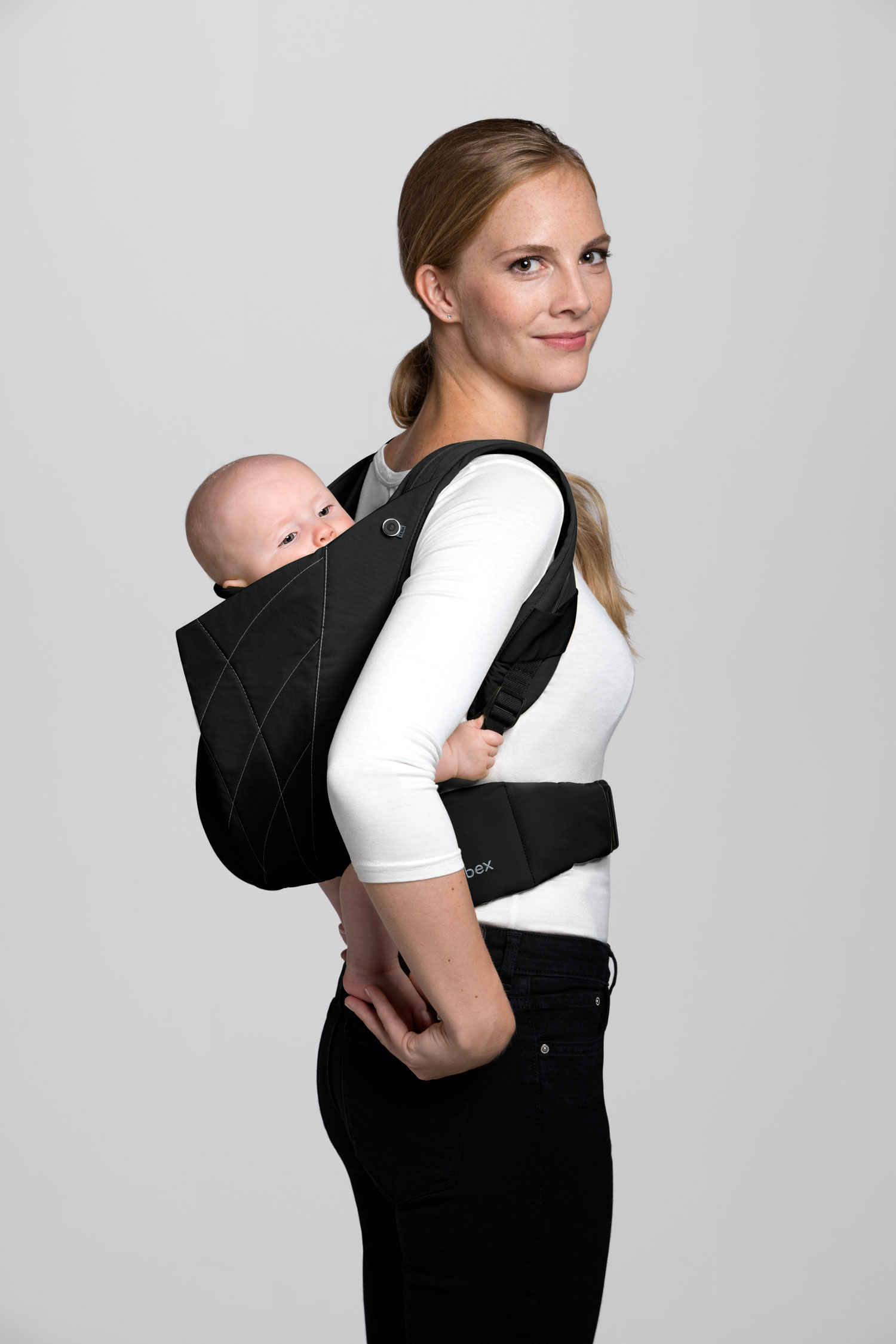 Cybex_YemaClick_Back_Carrying_POsition_DPBL_y090_screen_ultra_HD